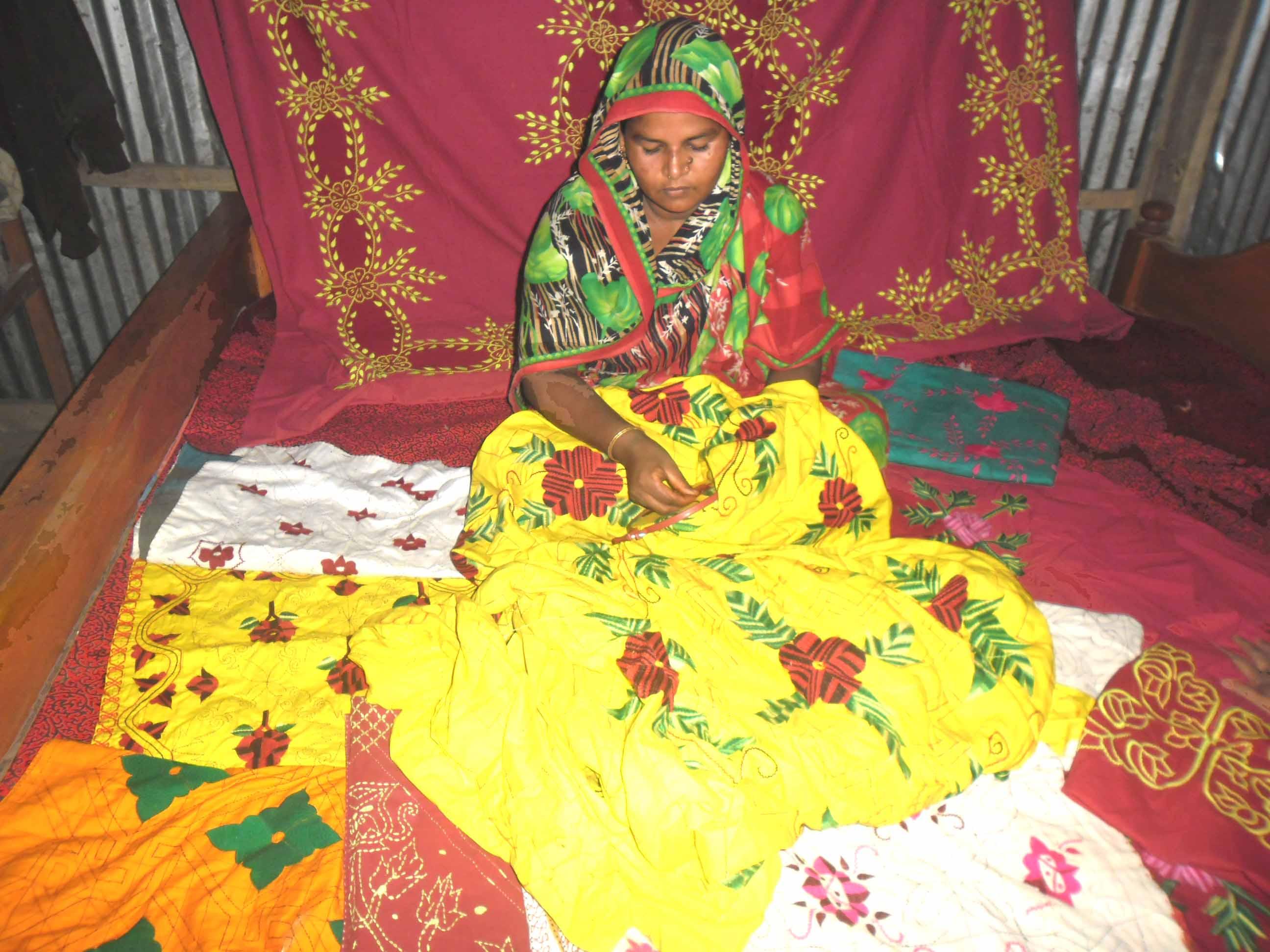 Handicraft (Nakshi Katha), Hasina Khatun, Paksiya W.S. Burhanuddin, Bhola